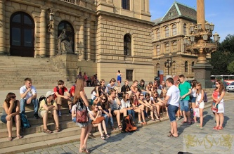 Экскурсия в Карлов университет - июль